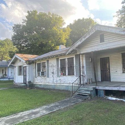 Rent this 3 bed house on 4033 Cypress Street in Bessemer, AL 35022