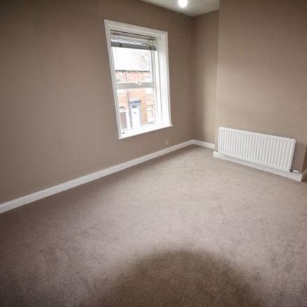 Rent this 2 bed house on Close Street in Carlisle CA1 2JY, United Kingdom