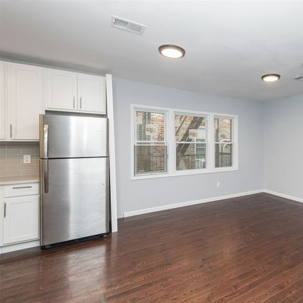 Rent this 3 bed apartment on Grant Ave in Jersey City, NJ