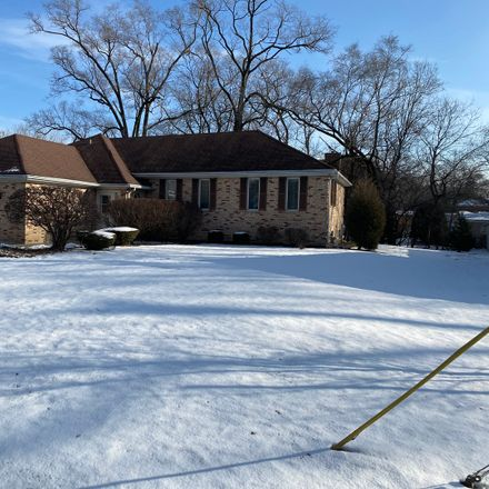 Rent this 3 bed house on 6999 West College Drive in Palos Heights, IL 60463