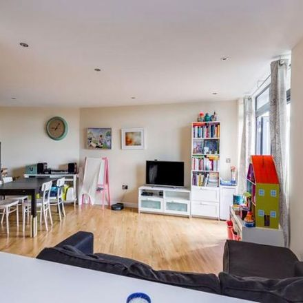 Rent this 2 bed apartment on Powell House in 4 Dunstan Mews, London EN1 1GF