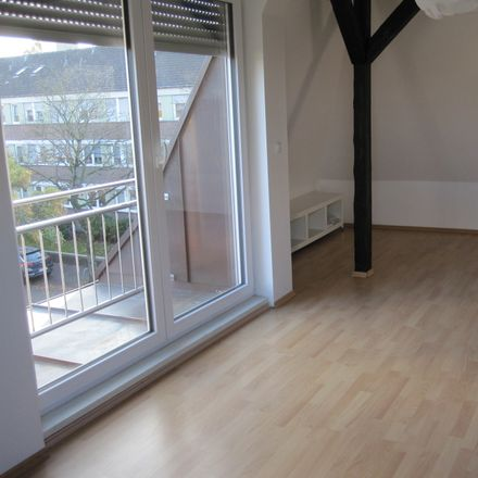 Rent this 2 bed apartment on Kuhstraße 34 in 45701 Herten, Germany