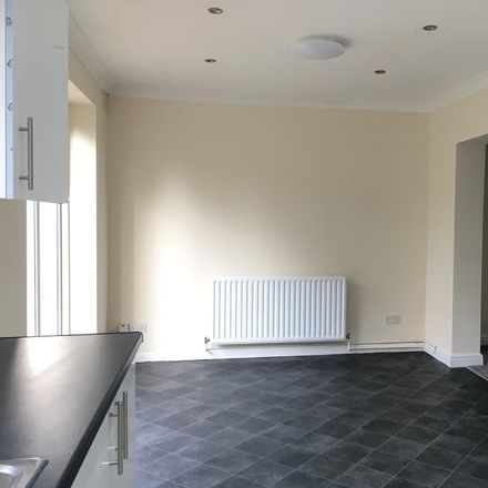 Rent this 3 bed house on Fairview Road in Wolverhampton WV4 4SY, United Kingdom