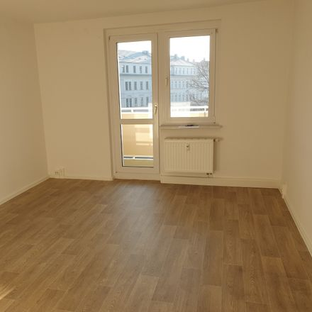 Rent this 3 bed apartment on Prellerstraße 61 in 04155 Leipzig, Germany