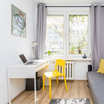 Rent this 5 bed room on Śląska 72 in 81-314 Gdynia, Poland
