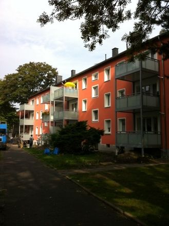 Rent this 3 bed apartment on Friedrichstraße 19 in 44651 Herne, Germany