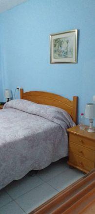 Rent this 3 bed room on Calle Virgen de la Paloma in 03182 Torrevieja, Alicante