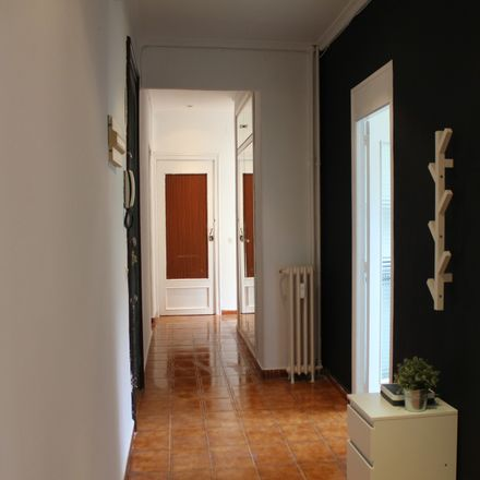Rent this 4 bed apartment on Calle del Dr. Castelo in 8, 28009 Madrid