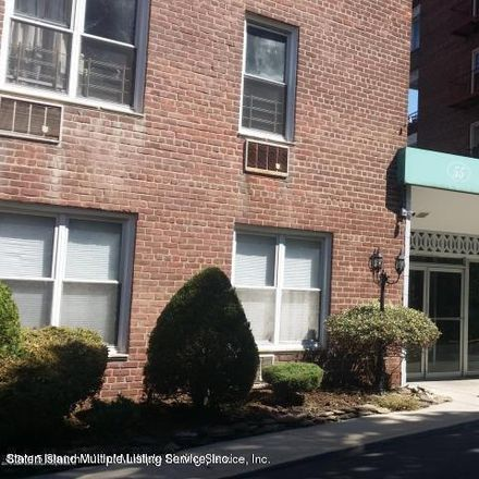 Rent this 1 bed condo on 55 Austin Place in New York, NY 10304