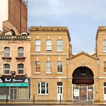 Rent this 1 bed apartment on 81 Alie Street in London E1 8EB, United Kingdom
