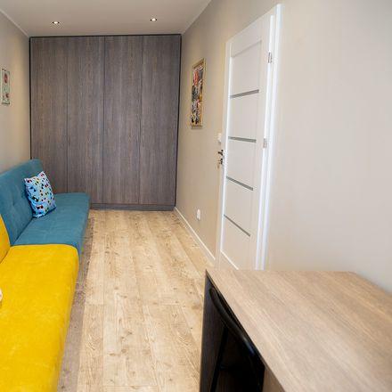 Rent this 3 bed room on Kopernika in 90-509 Łódź, Polska