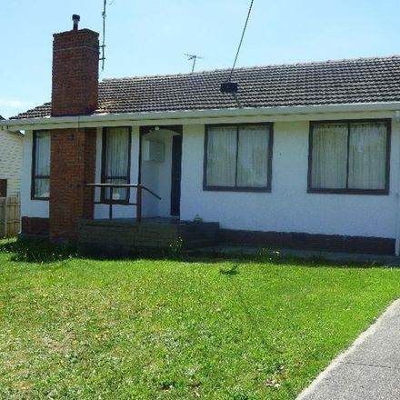 Rent this 2 bed house on 31 Kent Street
