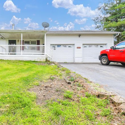 Rent this 3 bed house on Putnam Dr in Circleville, OH