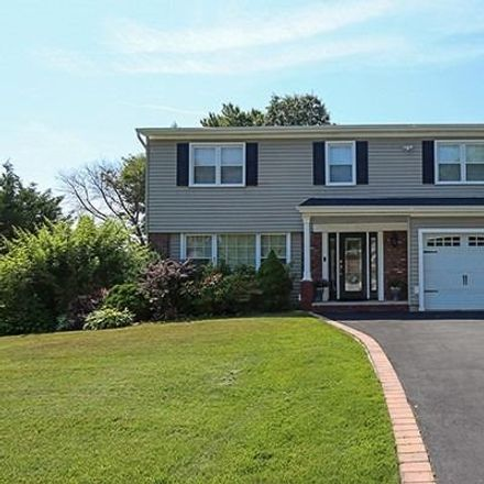 Rent this 4 bed house on Sherwood Dr in Huntington, NY
