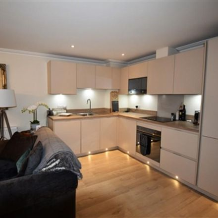 Rent this 1 bed apartment on Portlock Road in Pinkneys Green SL6 6DZ, United Kingdom