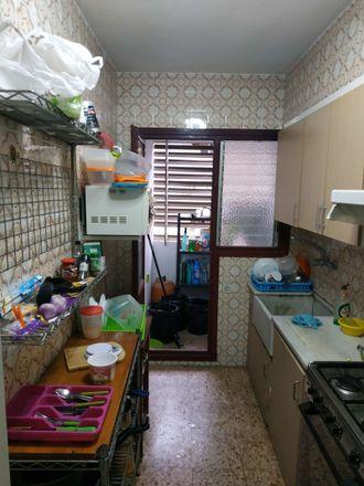 Rent this 2 bed room on Carrer de l'Explorador Andrés in València, Valencia