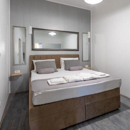 Rent this 1 bed apartment on Zagrebačka banka in Hrvojeva, 21102 Split