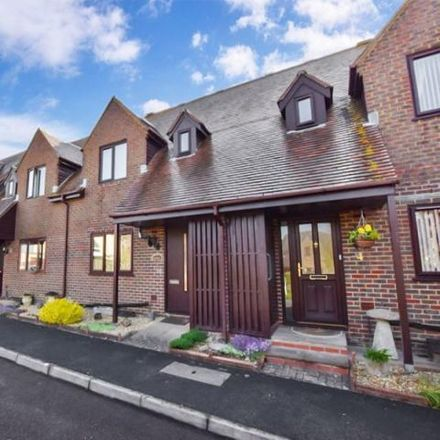 Rent this 2 bed townhouse on 12-17 Courville Close in Alveston BS35 3RR, United Kingdom