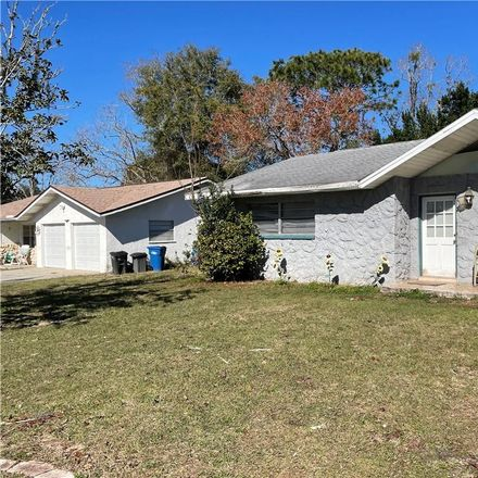 Rent this 2 bed house on 1163 Southeast 2nd Street in Crystal River, FL 34429