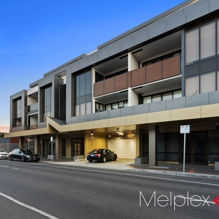 Rent this 2 bed apartment on 405/401 Neerim Road