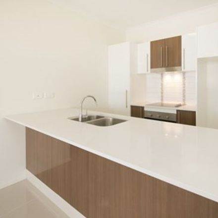 Rent this 1 bed apartment on 38/171 Scarborough Street