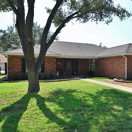 Rent this 3 bed apartment on 5516 Fairway Drive in San Angelo, TX 76904