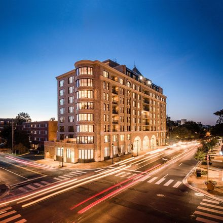 Rent this 3 bed condo on Woodmont Avenue in Bethesda, MD 22814