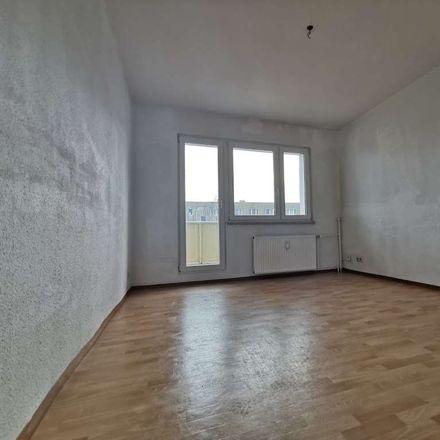 Rent this 2 bed apartment on Dietrich-Bonhoeffer-Straße in 06712 Zeitz, Germany