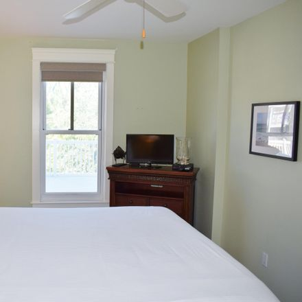 Rent this 1 bed condo on Miramar Beach Dr in Pensacola, FL