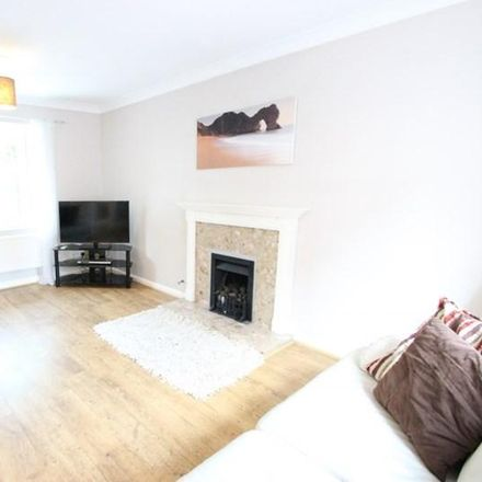 Rent this 3 bed house on Yeftly Drive in South Oxfordshire OX4 4XS, United Kingdom