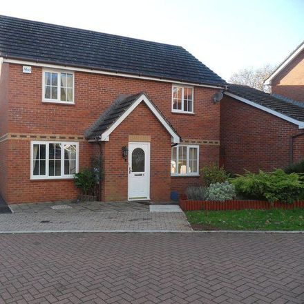 Rent this 4 bed house on Barn Owl Close in Torbay TQ2 7TN, United Kingdom