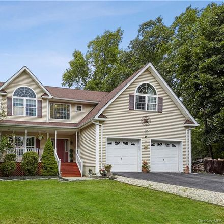 Rent this 4 bed house on New Rd in Rock Tavern, NY