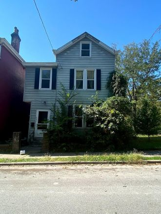 Rent this 2 bed house on Steiner Ave in Cincinnati, OH