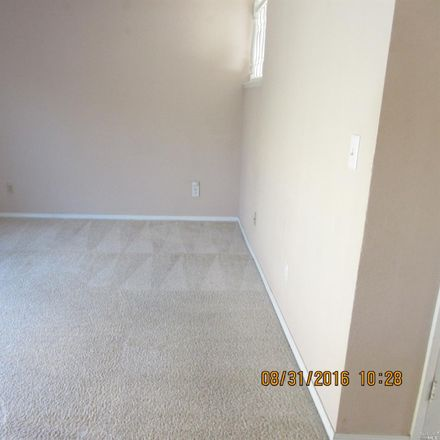 Rent this 3 bed house on 119 Cambridge Drive in Vacaville, CA 95687