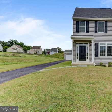 Rent this 3 bed house on Abingdon Circle in Oxford, PA 19363