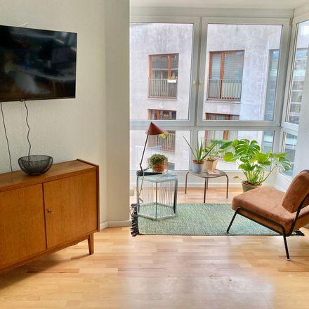 Rent this 2 bed apartment on Berlin Cosmopolitan School in Rückerstraße, 10119 Berlin