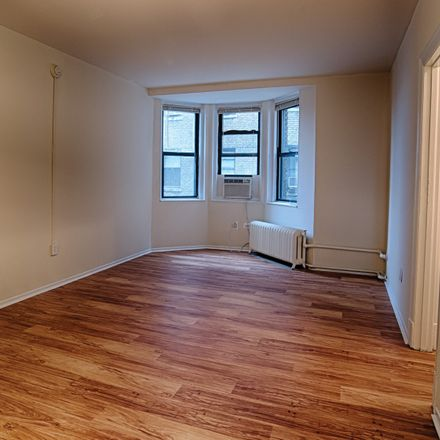 Rent this 1 bed apartment on 3826 Mount Vernon Street in Philadelphia, PA 19104