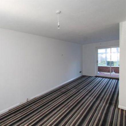 Rent this 3 bed house on 44 Hillfield in Welwyn Hatfield AL10 0TU, United Kingdom