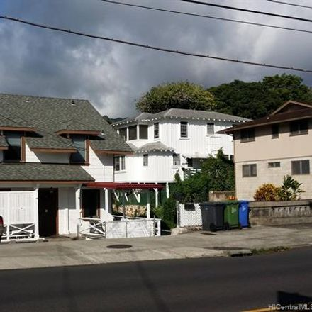 Rent this 3 bed house on 450 Wyllie Street in Honolulu, HI 96817