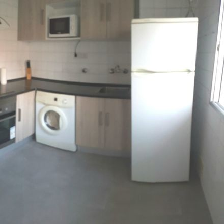 Rent this 3 bed room on Domingo Beltran de Otazu kalea/Calle Domingo Beltrán de Otazu in 60, 01012 Vitoria-Gasteiz
