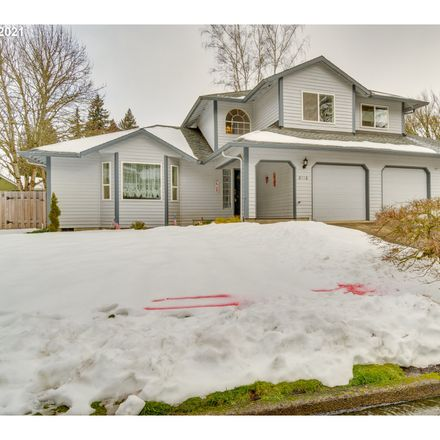 Rent this 4 bed townhouse on NE 91st St in Vancouver, WA