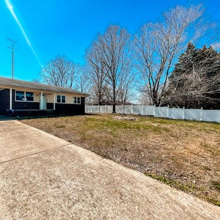 Rent this 3 bed house on E Grove Rd in Gleason, TN