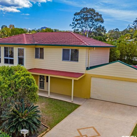 Rent this 3 bed house on 27 Karoonda Crescent