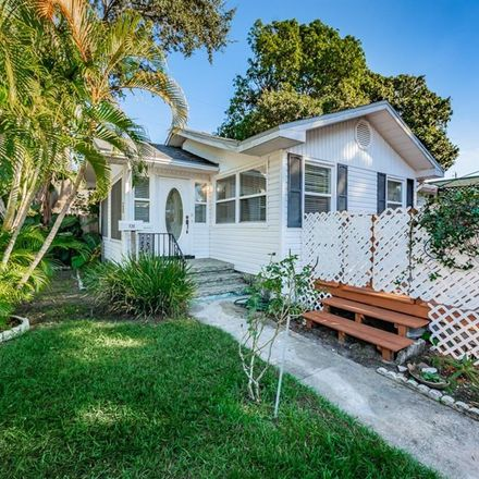 Rent this 3 bed house on 720 11th Avenue North in Saint Petersburg, FL 33701