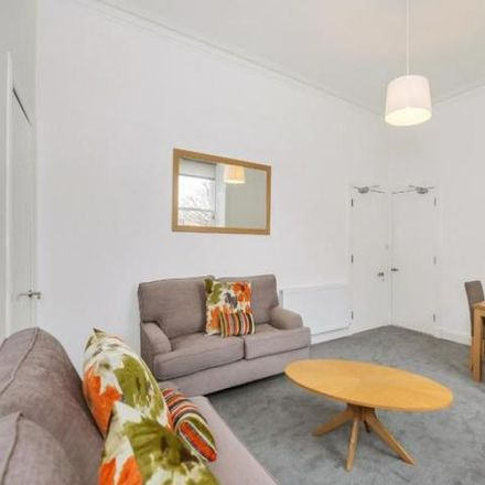 Rent this 4 bed apartment on 13 Polwarth Gardens in City of Edinburgh EH11 1LQ, United Kingdom