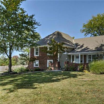 Rent this 4 bed apartment on 4512 West 91st Street in Prairie Village, KS 66207