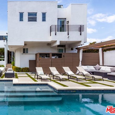 Rent this 4 bed house on N la Jolla Ave in Los Angeles, CA