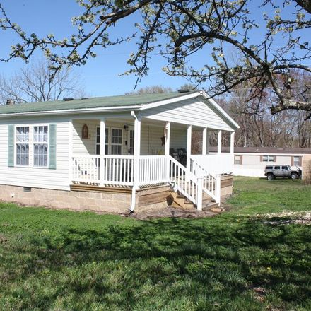 Rent this 3 bed house on 1040 Whitlock Rd in Paris, TN