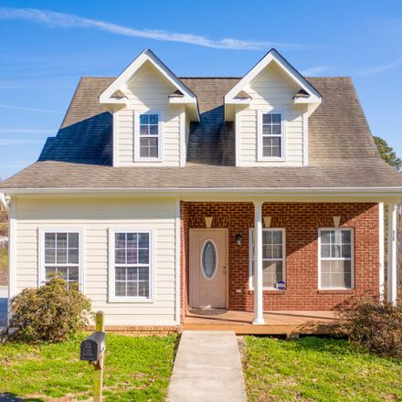 Rent this 3 bed house on 438 Oliver Street in Chattanooga, TN 37405