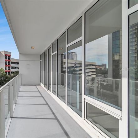 Rent this 1 bed condo on 1st St S in Saint Petersburg, FL